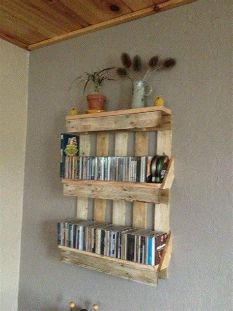 bookshelf out of pallets bookshelf out of pallets