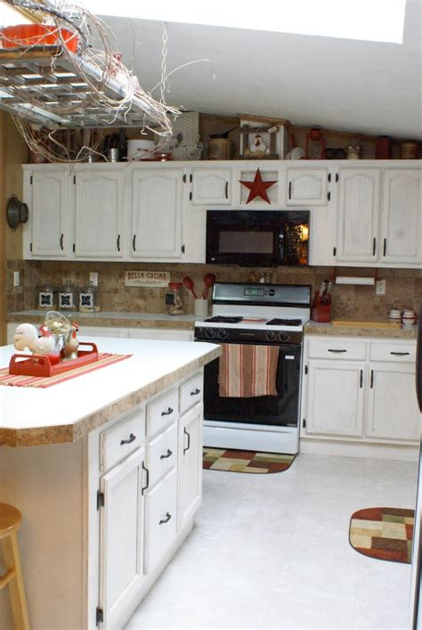 paint and glaze kitchen cabinets 1000 ideas about antique glaze on tub 7271