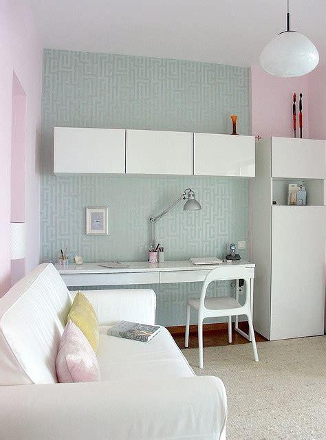 ikea bureau besta burs ikea besta burs workstation in high gloss white and wall