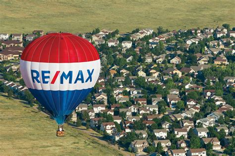 fast growing remax  attracting  realtors