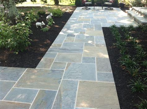 bluestone walkway patterns 21 best images about walkway on pinterest fire pits pathways and travertine pavers