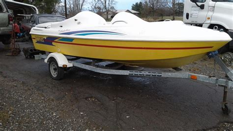 Donzi Jet Boat Engine by Donzi 1994 For Sale For 1 000 Boats From Usa