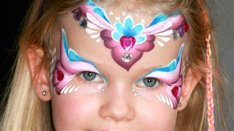 kinder schminken anleitung maquillage de princesse des coeurs tutoriel maquillage des enfants