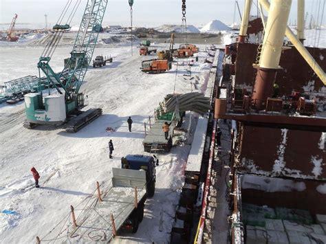 На ямале завершается строительство первой очереди завода по производству сжиженного природного газа. новости. первый канал