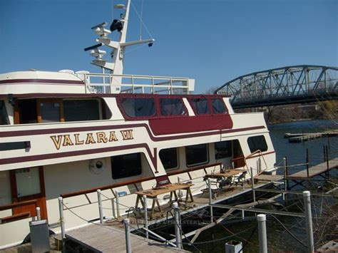 Boat Canvas And Windows by Midwest Auto Tops Upholstery Large Rear Deck Enclosure