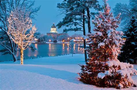 christmas dakota south capitol most sd enchanting towns pierre holiday display capital onlyinyourstate place