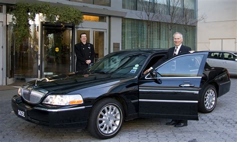 Airport Sedan Service by Chauffered Transportation Airport Car Service