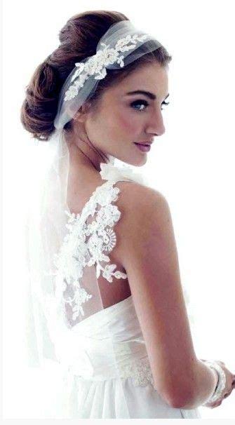 romantic wedding hairstyles  veils vintage updo
