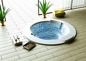 Whirlpool Jacuzzi Unterschied : entspannung im whirlpool auch f r zuhause ~ Markanthonyermac.com Haus und Dekorationen