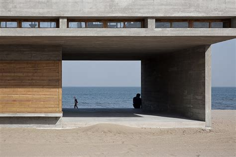 Vector Architects Casts Seashore Library At Water's Edge
