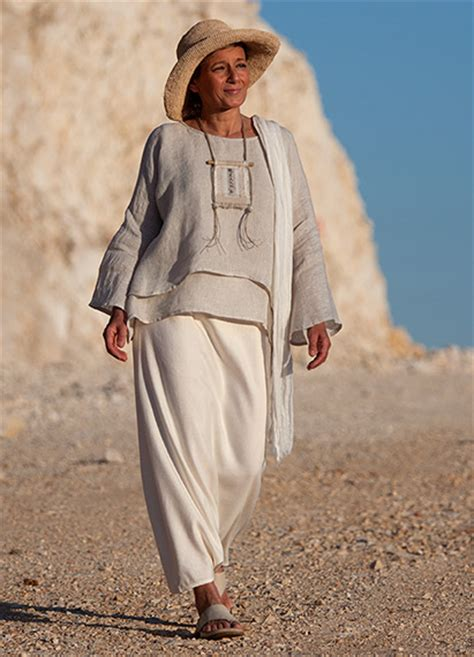 amalthee clothing creation  womens clothes
