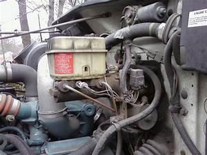 2001 International 4700 T444e Hydraulic Brakes  When
