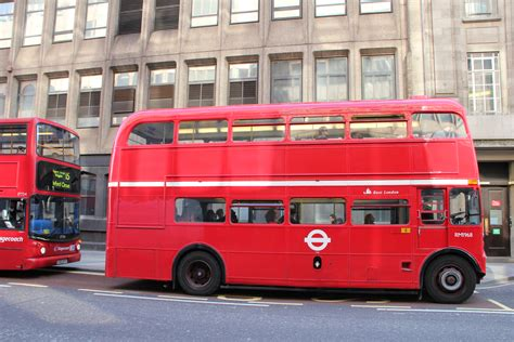 Filebuses On Route 15 And 15h, Great Tower Street, City