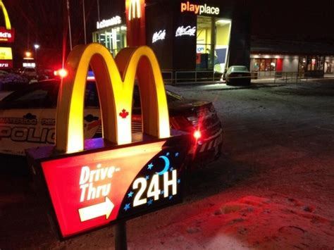 Mcdonalds Kitchener by Not A Drive Thru Car Crashes Into Mcdonald S In Kitchener