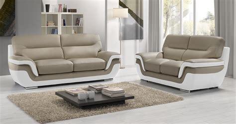 canap en cuire canapé rodrigue salon 3 2 cuir design