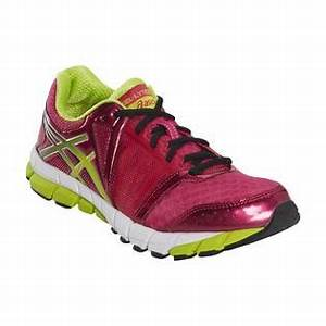 ASICS Women s GEL Lyte33 2 Running Athletic Shoe Pink