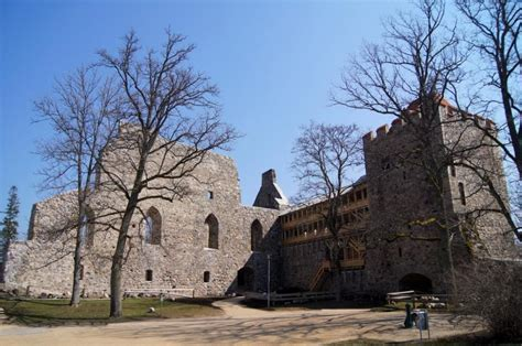 Siguldas tūrisma sezonas atklāšana un Livonijas ordeņa ...