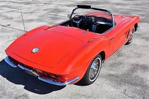 1962 Chevrolet Corvette 327ci V8 4 Speed 0 Red Convertible
