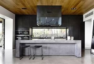 Schwarze Arbeitsplatte Küche : beton arbeitsplatte kueche schwarz abzugshaube hochglanz barhocker 750 514 ~ Sanjose-hotels-ca.com Haus und Dekorationen