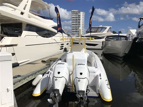 Fort Lauderdale Boat Show Schedule by Tnt Custom Marine Airship 330 At Fort Lauderdale Boat Show