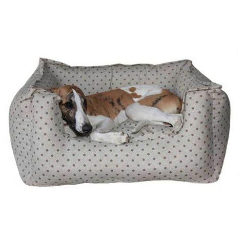 hundebett puenktchen taupe   groessen luxus hundebetten