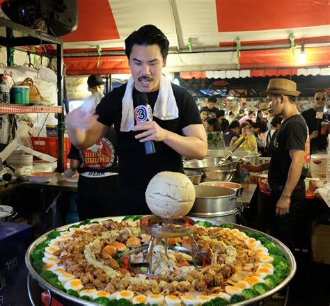 jumbo bangkok 2 thai food guaranteed to satisfy every foodie 39 s