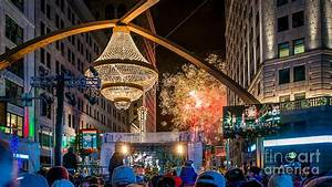 Cleveland Playhouse Square Winterfest Fireworks 2015 ...