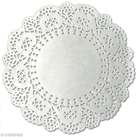 napperons en papier dentelle napperon en papier dentelle rond 12 5 cm 12 pcs napperon en papier creavea