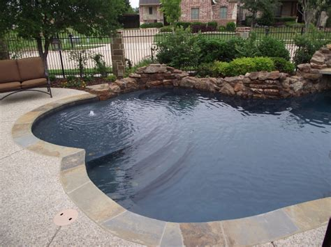 Things To Consider When Choosing Pool Color