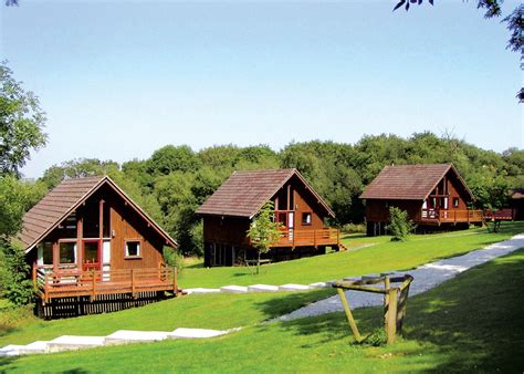 log cabin lodge eastcott lodges bude cornwall friendly log cabins