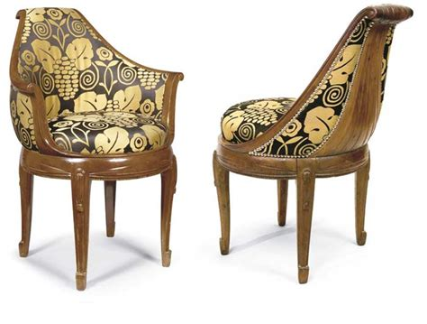 une et trois chaises louis sue et andre mare trois chaises et un fauteuil en