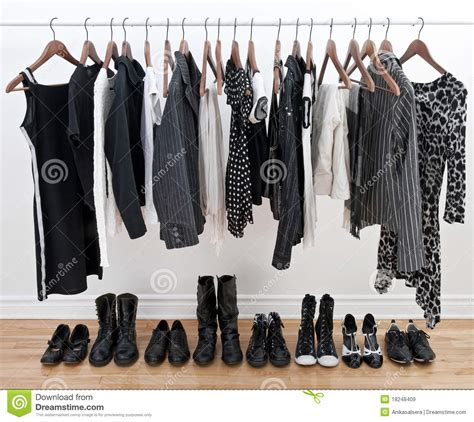 Female Black And White Clothes And Shoes Royalty Free Stock Images - Image 18248409