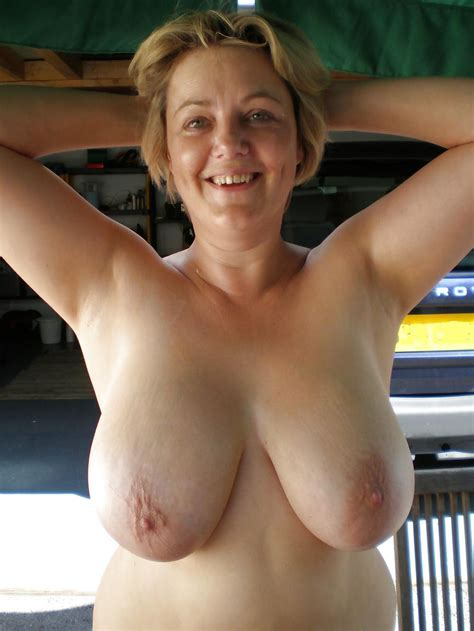 4 In Gallery Naked Mature Outdoors At Home Picture 4