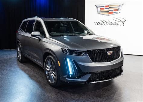 Cadillac Escalade 2020 Auto Show by Auto Shows 2020 Cadillac Xt6 Revealed Ahead Of The