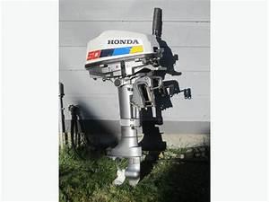 Honda Outboard Motor  5 Hp 4