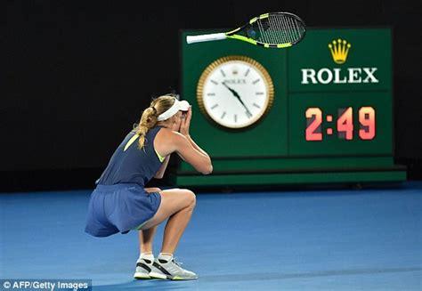 Слушать и скачать Live Stream Simona Halep VS Caroline Wozniacki