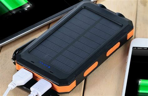 Best Solar Chargers For Cell Phones & Tablets To Recharge