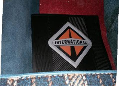 international truck logo floor mat set
