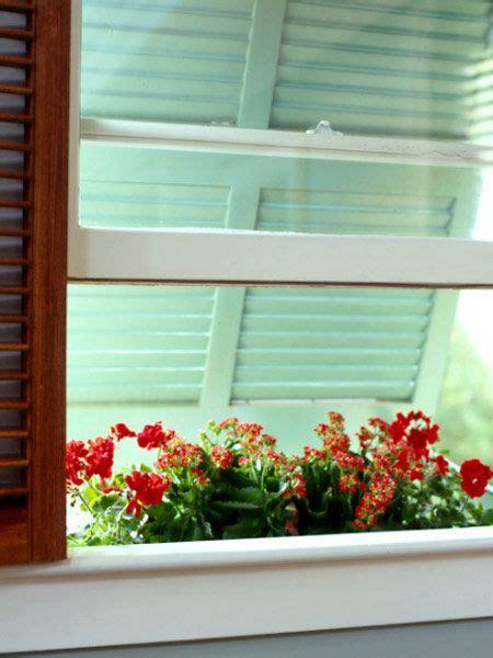 pin  sandee vazur  curb appeal garden windows