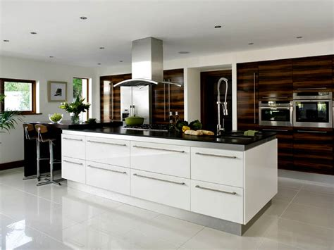 high gloss kitchen designs high gloss kitchens kitchens cork white high gloss kitchen 4217