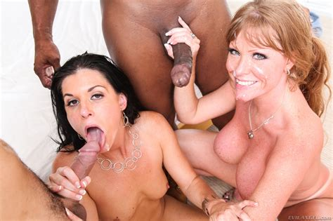 Curvy Mature Group Orgy Group