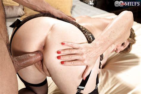 Horny Granny Bea Cummins Riding Big Black Cock After