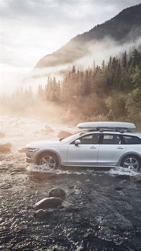 volvo shows  cross country ocean race edition