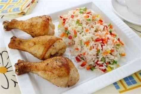 cuisiner le riz cuisiner un délicieux riz au poulet pour 4 personnes