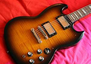 Epiphone G-400 Deluxe Image   113685