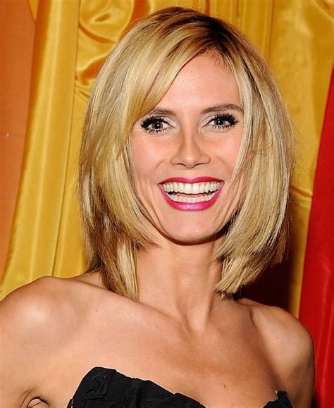 hairstyles popular 2012: Layered Blonde Bob Hairstyle Pictures