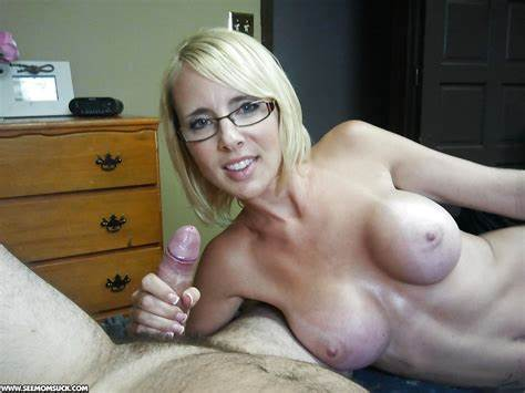 You Enjoys To See Cumshots Wild Massive Busted Stepmother In Sporty Doing A РЎasual Blows