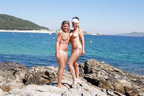 fkk women 3 24 pics