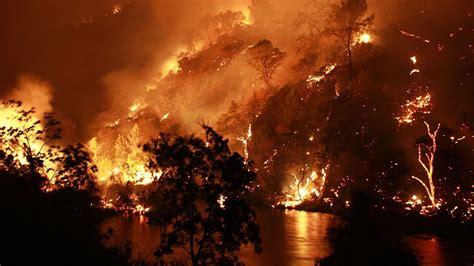 PHOTOS: Large fire burns south of Lake Berryessa - ABC7 ...