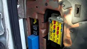 2008 Dodge Ram 1500 Interior Fuse Box Location